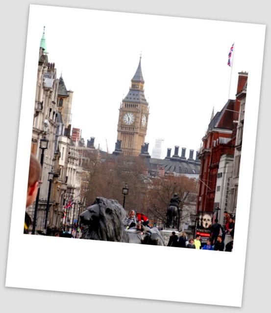 London4 055