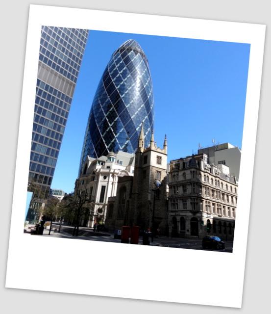 London5 046