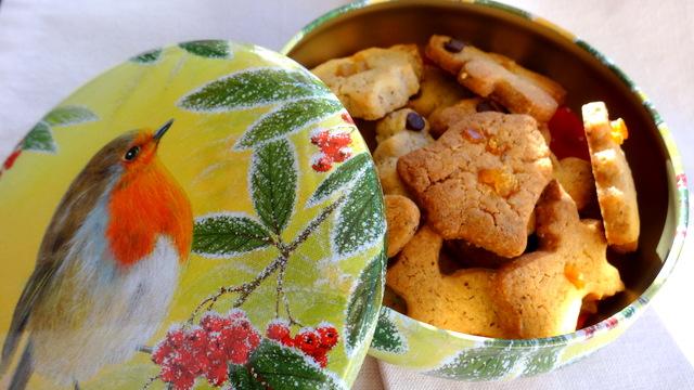 1-Boite biscuits 010