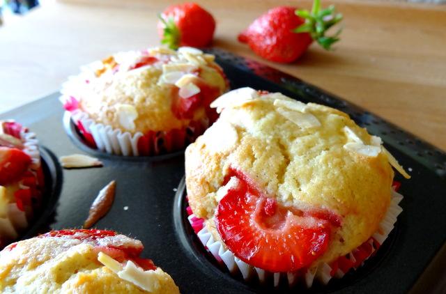 1-Muffins fraise & pomme 054
