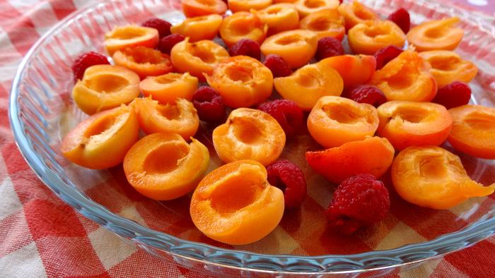 1-Gratin d'abricots et framboises 005