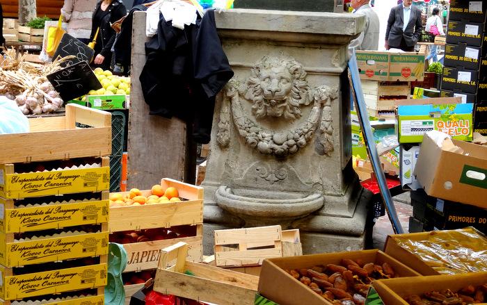 1-Marché Carcassonne 002