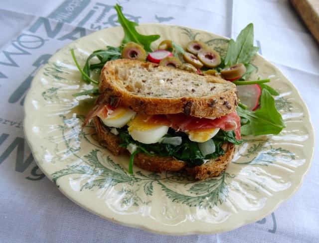 sandwich oeuf toasté a la poêle